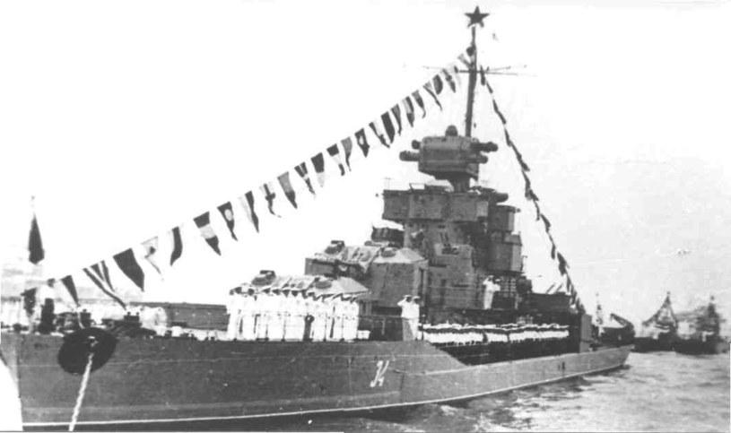 """""""Siwasz"""", ostatni z okrętów tej serii czekał na podniesienie bandery 11 lat /Wikimedia Commons /INTERIA.PL/materiały prasowe"""