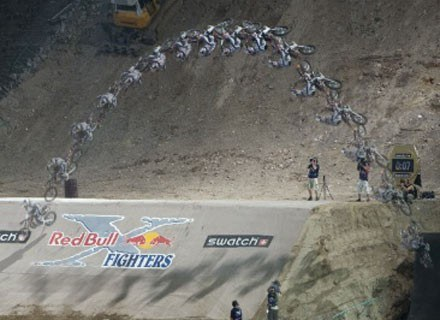 Skacze Ronnie Renner. Fot.: Red Bull /materiały prasowe