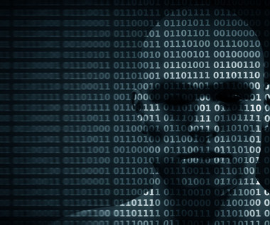 Skala cyberataków rośnie. Złodzieje kradną nie tylko pieniądze