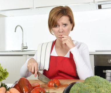 Skaleczenia i oparzenia w kuchni. Jak sobie z nimi radzić?