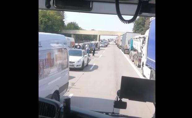 Skandal na A4. Policja: Kierowcy samowolnie podjęli decyzję o jeździe pod prąd