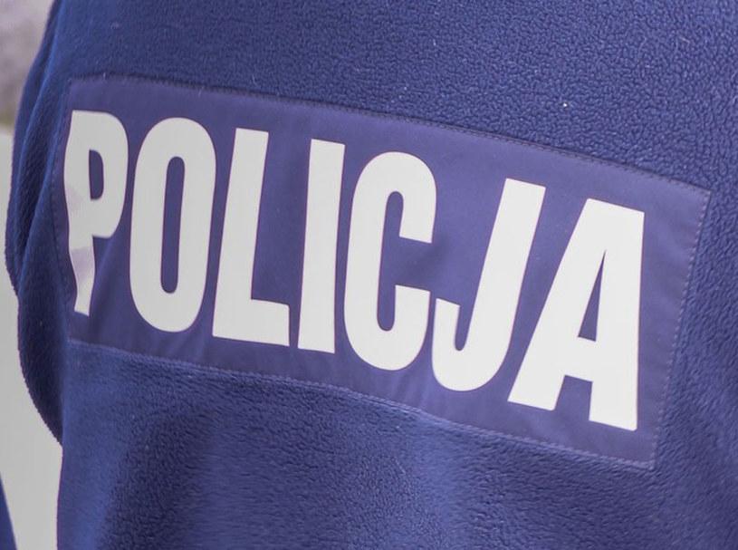 Skandaliczne wpadki policjantów były tuszowane /Piotr Kamionka /Reporter