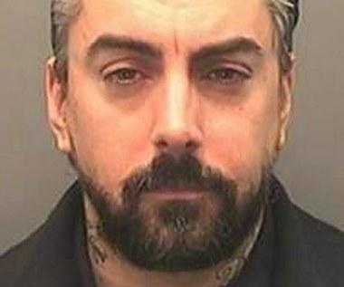 Skandaliczne zaniedbanie policji w sprawie muzyka-pedofila