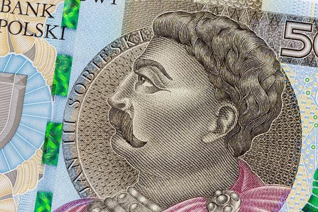 Skarb Państwa zadłużony już na prawie bilion złotych! /©123RF/PICSEL