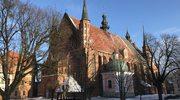 Skarbiec, krypty i strych. Zwiedziliśmy zakamarki archikatedry we Fromborku