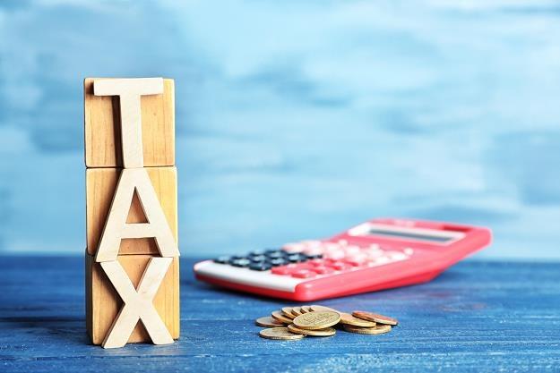 Skarbówka nie może więc domagać się PIT od VAT /©123RF/PICSEL