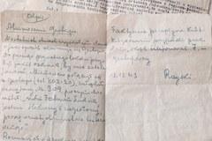 Skarby z Powstania znalezione w skrytce pod podłogą