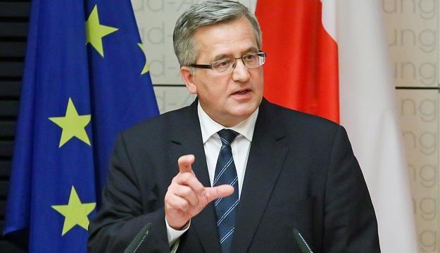 Skargę do TK złożył m.in. prezydent Bronisław Komorowski /PAP