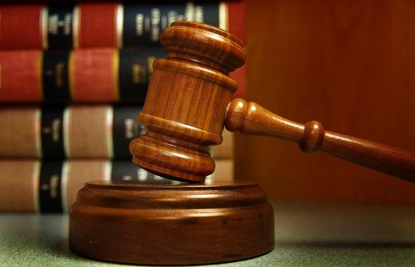 Skargi dotyczą przepisów prawa o ustroju sądów powszechnych, które umożliwiają ministrowi sprawiedliwości tworzenie i znoszenie sądów w drodze rozporządzenia /123RF/PICSEL