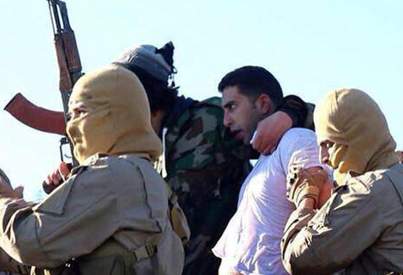 Skazany zajmował się rekrutacją ochotników chcących walczyć u boku dżihadystów, zdj. ilustracyjne /WELAYAT RAQA  /AFP