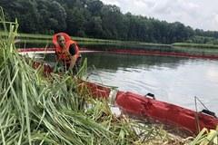 Skażony zbiornik w Rogowie. Policja nadal szuka sprawców nielegalnej wpinki do rurociągu