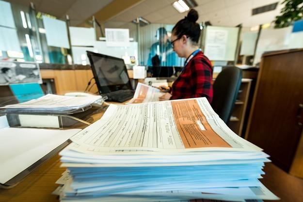 Składanie rocznych zeznań podatkowych PIT za rok 2017 /PAP