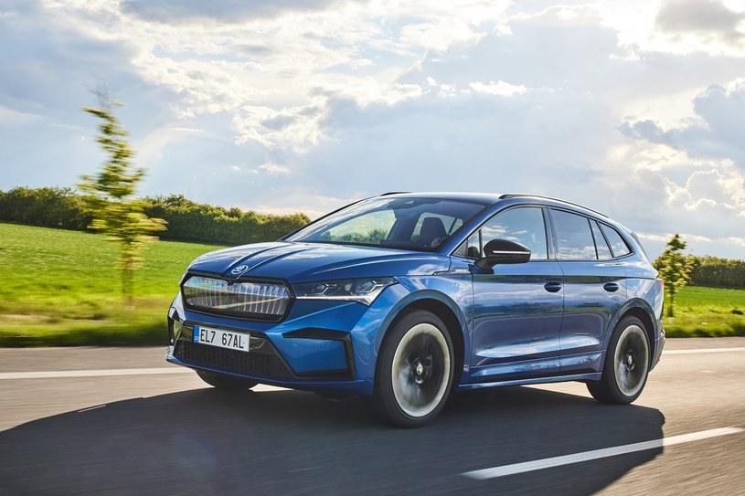Skoda Enyaq iV to połączenie zalet dużego, wygodnego i wszechstronnego SUV-a z dynamiką i oszczędnością samochodów elektrycznych /materiały prasowe