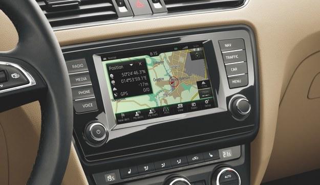 Skoda Octavia otrzymała nowy, większy ekran systemu Amudsen /Skoda