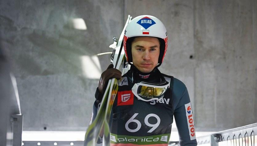 Skoki narciarskie. Kamil Stoch wciąż czeka na nagrody za triumf w Raw Air