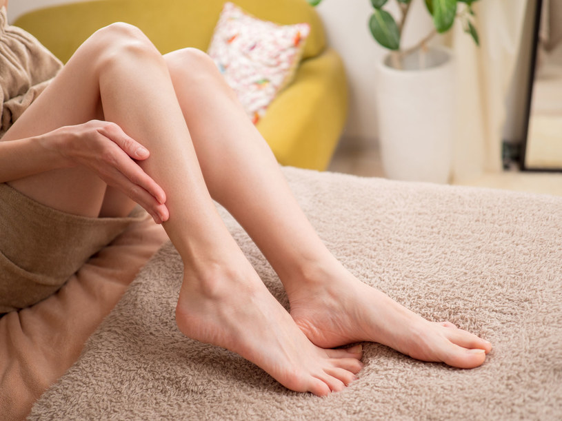Skóra na nogach wysusza się z reguły najszybciej /123RF/PICSEL