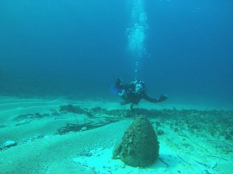 Skorupa bomby leży sobie spokojnie na dnie Morza Śródziemnego /z archiwum S. Zagórskiego /INTERIA.PL