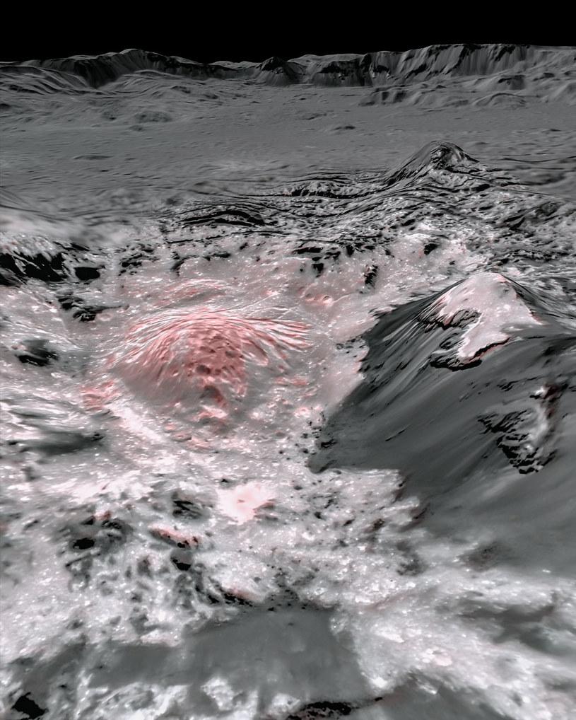 Skorupy węglanu sodu na Ceres /NASA