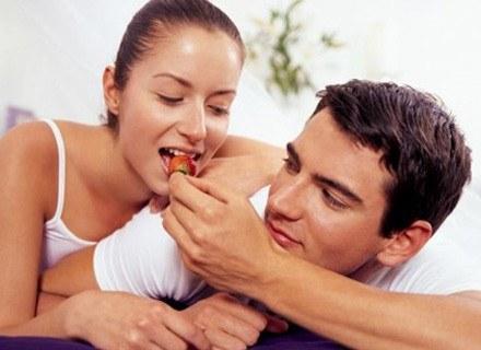 Skorzystajcie z Kamasutry, aby urozmaicić swoje życie erotyczne /INTERIA.PL
