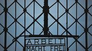 """Skradziono bramę z napisem """"Arbeit Macht Frei"""" z Dachau"""