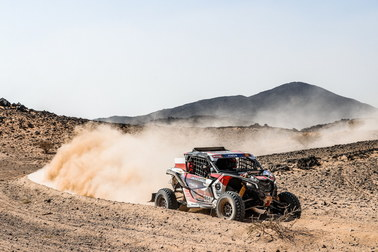 Skrócono dzisiejszy etap Rajdu Dakar. Zawodnicy napotkali trudności