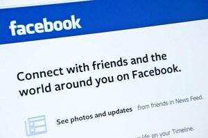 Skrytykował Tuska na Facebooku. Odwiedziła go ABW