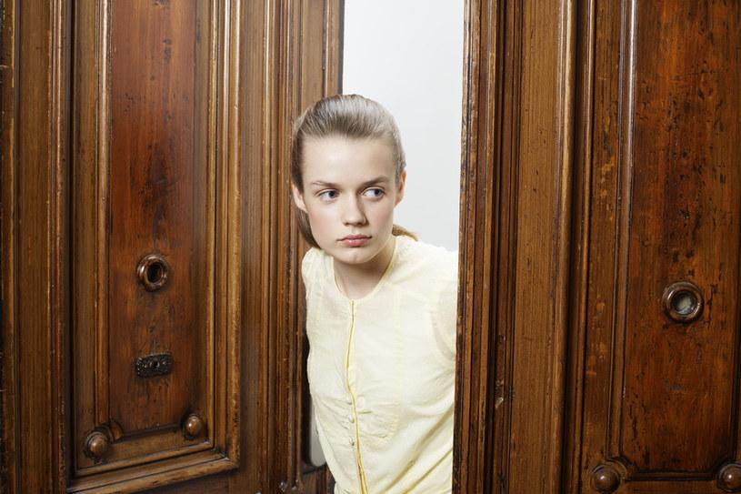 skrzypiące drzwi /© Photogenica