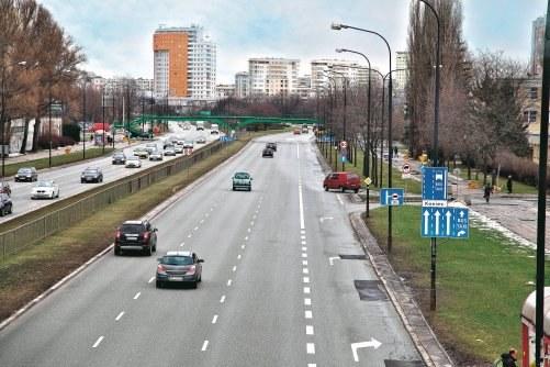 Skrzyżowanie i droga dwujezdniowa /Motor