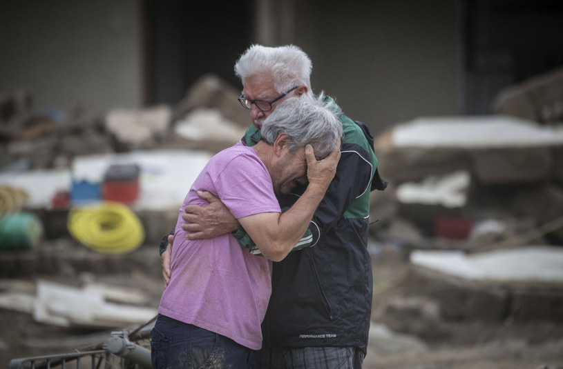 Skutki powodzi w Niemczech grożą katastrofą gospodarczą./DPA/Associated Press/East News /East News