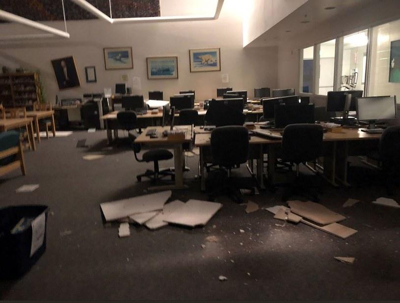 Skutki trzęsienia ziemi na Alasce /AFP PHOTO / Dr. Holly A. Bell /East News