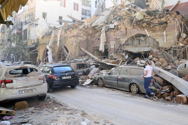 Skutki wybuchu w Bejrucie /WAEL HAMZEH /PAP/EPA