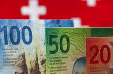 Słaby złoty czeka na orzeczenie TSUE ws. kredytów frankowych
