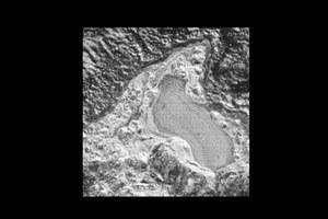 Ślad dawnego jeziora na Plutonie?