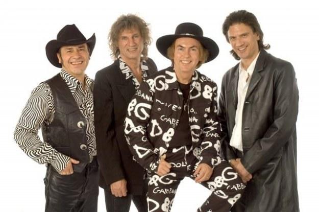 Slade to jedna z najpopularniejszych grup glamrockowych z lat 70. /