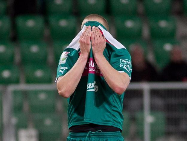 Śląsk Wrocław w tym roku zdobył zaledwie dwa punkty w lidze Fot. Maciej Kulczyński /PAP