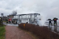 Śląskie: Autobus stanął w ogniu
