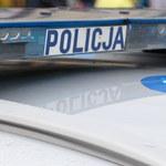 Śląskie: Kibole z maczetami zdemolowali samochód. Ludzie uciekali w popłochu