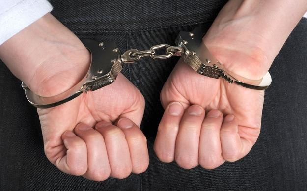 Śląskie: Policjant podczas mszy św. wypatrzył poszukiwanego listem gończym, zdj. ilustracyjne /© Panthermedia