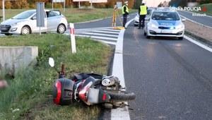 Śląskie: Wypadek 42-letniego motorowerzysty. Policja szuka świadków