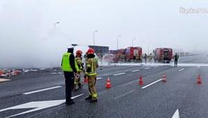 Śląskie: Wypadek na A4. Samochód stanął w płomieniach