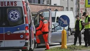 Śląskie: Wypadek z udziałem karetki. Cztery osoby ranne