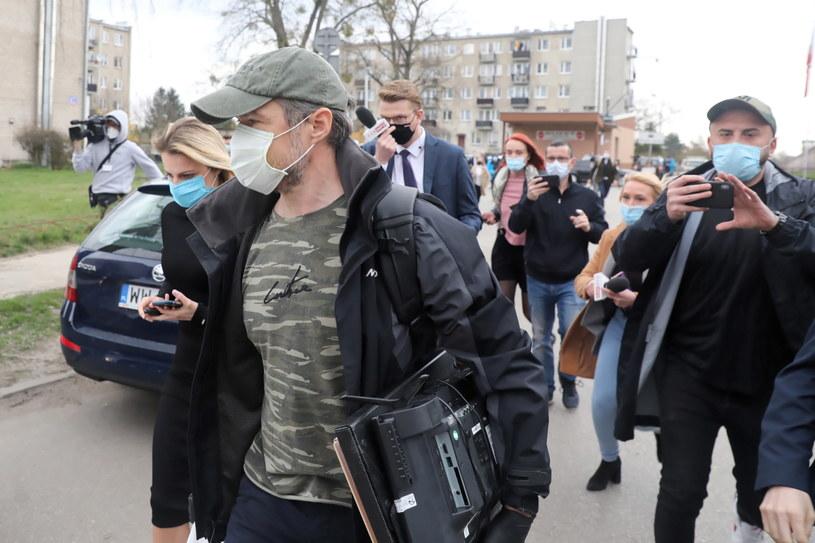 Sławomir Nowak po opuszczeniu aresztu śledczego / Tomasz Gzell    /PAP