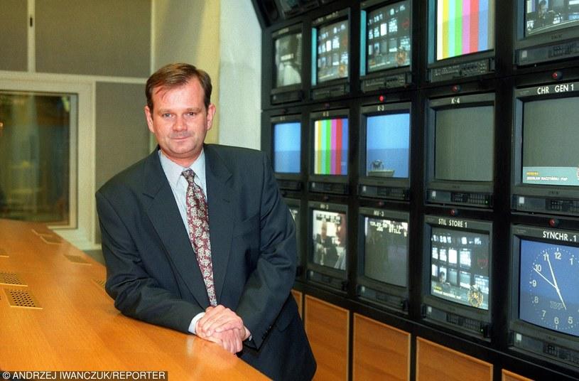 """Sławomir Zieliński w studiu """"Panoramy"""" w 1996 roku /Andrzej Iwańczuk /Reporter"""