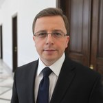 """SLD: Niech Bieńkowska po """"superwtopie"""" przyjdzie na komisję infrastruktury"""