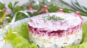Śledź pod pierzynką - popularna wigilijna sałatka
