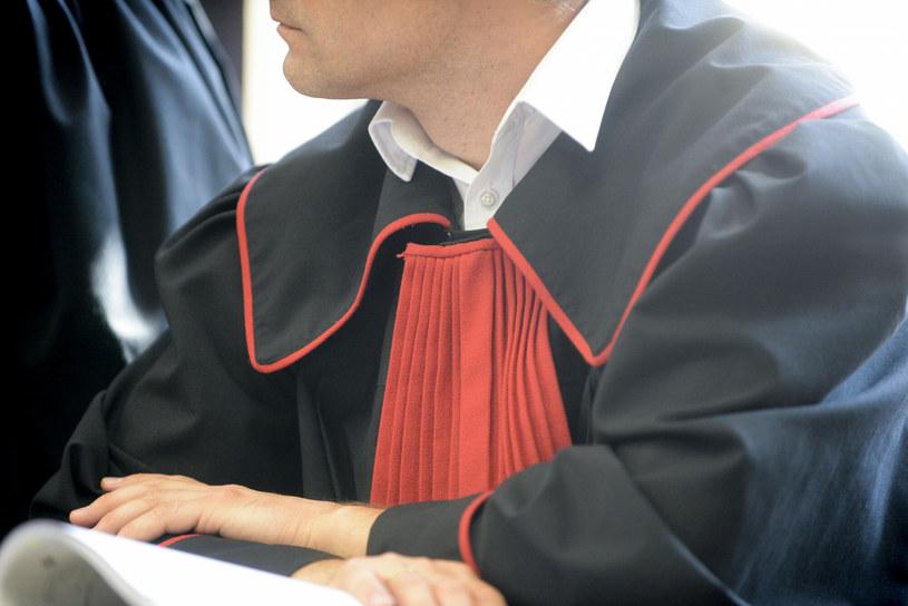 Śledztwo przeciwko m.in. byłemu rzecznikowi MON Bartłomiejowi M. prowadzi Prokuratura Okręgowa w Tarnobrzegu /Piotr Kamionka /Reporter