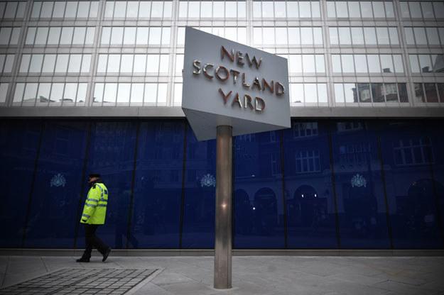 Śledztwo w sprawie prowadzi Scotland Yard fot. Carl Court /AFP