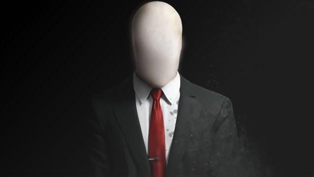 Slender Man - smukły mężcznyzna bez twarzy. Porywa i zabija dzieci. To oczywiście internetowa fikcja. Grafika: Playretoddler /Internet