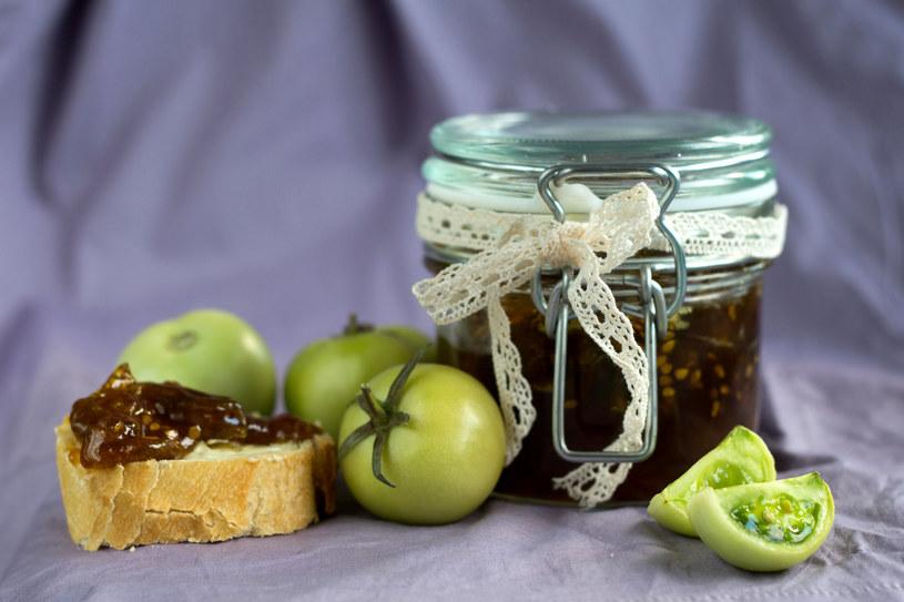 Słodki dżem z zielonych pomidorów to idealny pomysł na śniadanie /123RF/PICSEL