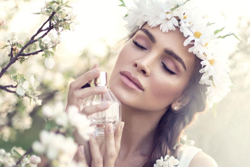 Słodkie perfumy zwiększają apetyt /123RF/PICSEL
